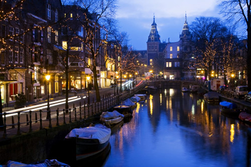 Night view of Amsterdam with the Rijksmuseum in the background